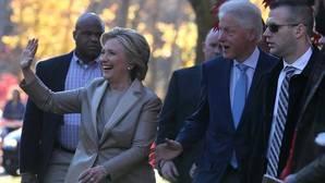 Hillary Clinton vota en Nueva York: «Espero ganar»