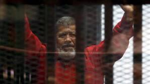 La Justicia egipcia anula la condena a muerte contra el expresidente Mursi