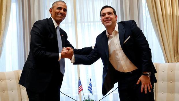 El presidente de Estados Unidos, Barack Obama, junto al presidente de Grecia, Alexis Tsipras