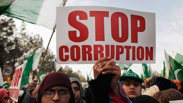 La corrupción impulsa los populismos y los nacionalismos