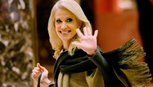 Kellyanne Conway, esta semana a la salida de las Torres Trump, tras reunirse con el presidente electo