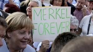 Merkel irá a un cuarto mandato para hacer frente a la ola populista