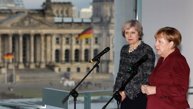 Angela Merkel y Theresa May, en una rueda de prensa conjunta el viernes en la Cancillería