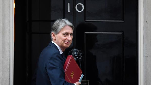 El ministro británico de Finanzas, Philip Hammond