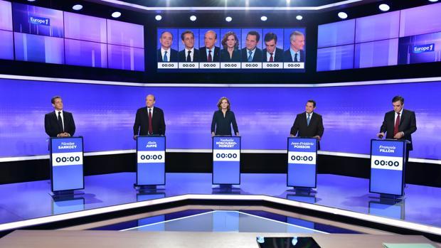 Candidatos de las primarias de la derecha francesa durante el debate televisado este viernes
