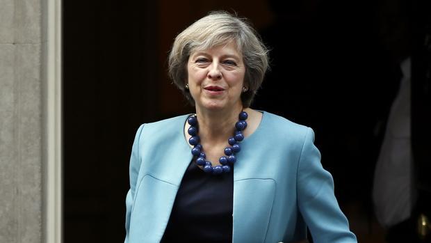 Theresa May, en una imagen del pasado mes de octubre, saliendo del 10 de Downing Street