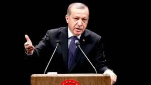 Turquía acusa a los Veintiocho de no mostrar «solidaridad» al frenar su adhesión a la UE
