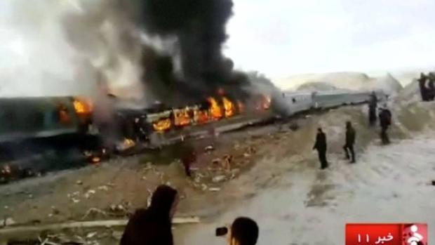 El accidente de tren en Irán que ha dejado al menos 31 muertos