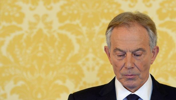 Tony Blair planea regresar a la política ante la «debilidad» de May y Corbyn