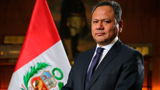 El ministro de Defensa peruano, Mariano González, ha renunciado a su cargo este lunes