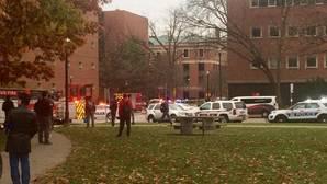 La persona que atropelló a 10 personas y las apuñaló en la Universidad de Ohio podría tener origen somalí