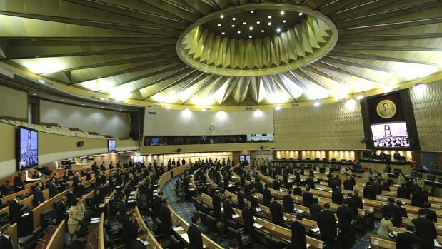El Parlamento, durante la sesión especial celebrada este martes en Bangkok, Tailandia