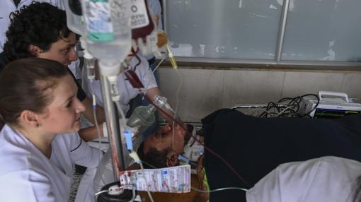 El defensor del Chapecoense tiene un traumatismo craneoencefálico severo