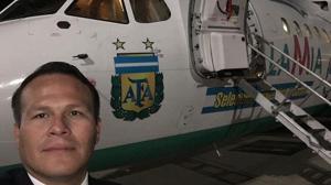 El padre del piloto del avión siniestrado en Colombia también murió en otro accidente aéreo