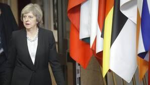 Theresa May viajará a EE.UU. para reunirse con Donald Trump la próxima primavera