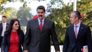 Maduro compra armas y va a la guerra