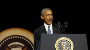 Obama dice que «la democracia está en riesgo» y pide protegerla