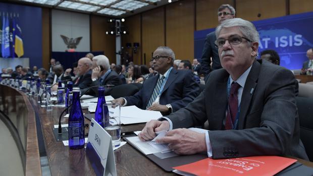 El ministro de Asuntos Exteriores y Cooperación de España, Alfonso Dastis, participa en la Cumbre Ministerial de la Coalición Global contra el Daesh