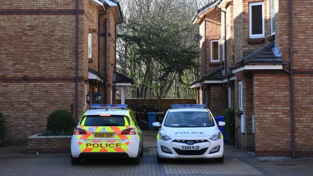 La Policía registra una vivienda en West Didsbury, al norte de Inglaterra, relacionada con el autor de los atentados de Londres