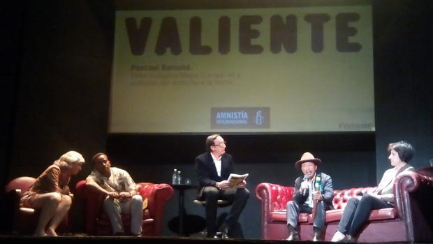 Presentación de la campaña global «Valiente» de Amnistía Internacional, este martes en el Teatro Alfil