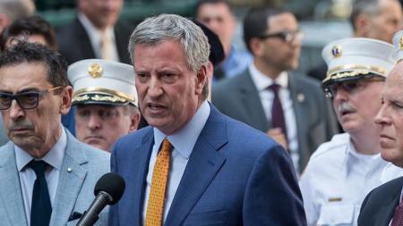 El alcalde de Nueva York, Bill de Blasio, comparece tras el suceso