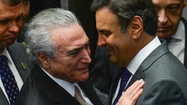 Michel Temer junto a Aecio Neves en una imagen de 2016