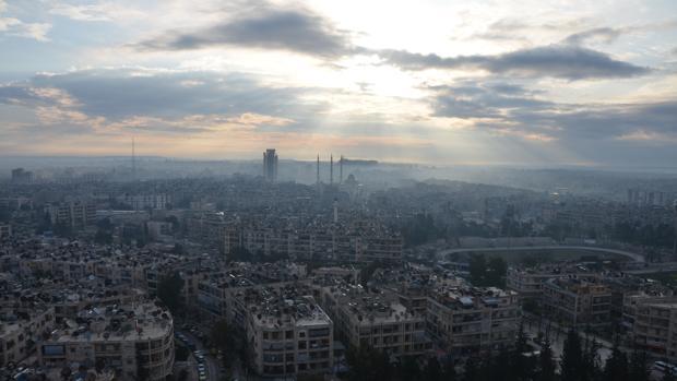 imagen de la cudad de Alepo, duramente castigada por los enfrentamientos entre las fuerzas del régimen de Assad y las de la oposición