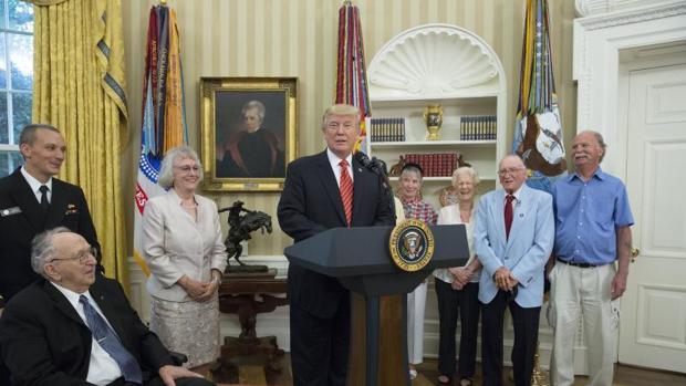 Donald Trump en un acto con veteranos de guerra