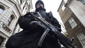 La medida del gobierno quiere impedir el retorno de yihadistas que hayan marchado a luchar con Daesh