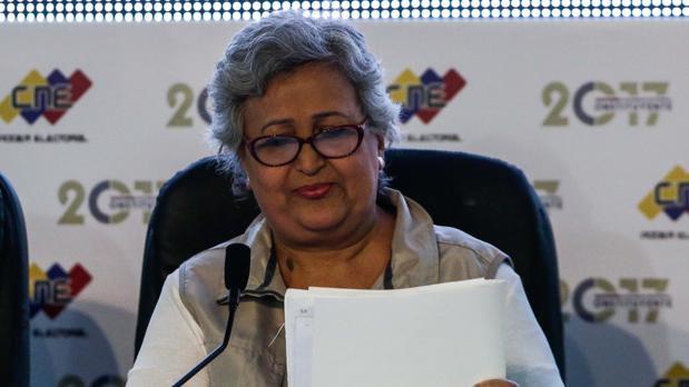 La presidenta del CNE, Tibisay Lucena, tras los comicios del pasado 31 de julio