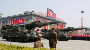Lanzaderas de misiles durante un desfile militar celebrado en abril en Pyongyang