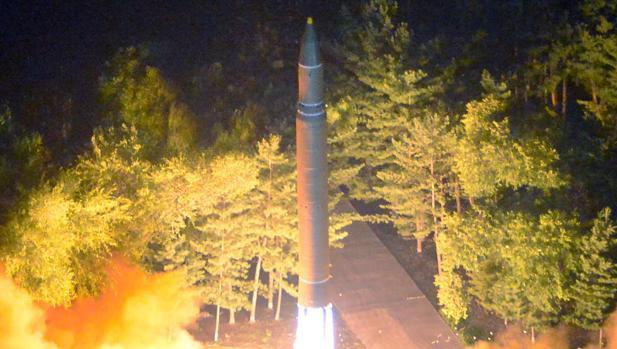Imagen del último misil lanzado por Corea del Norte