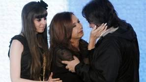 Cristina Fernández y sus dos hijos están siendo investigados