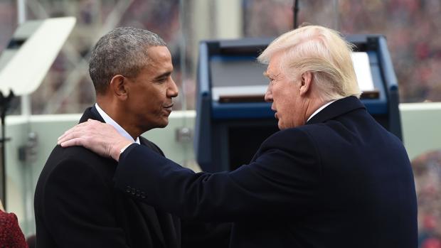 Trump y Obama conversan el día de la investidura