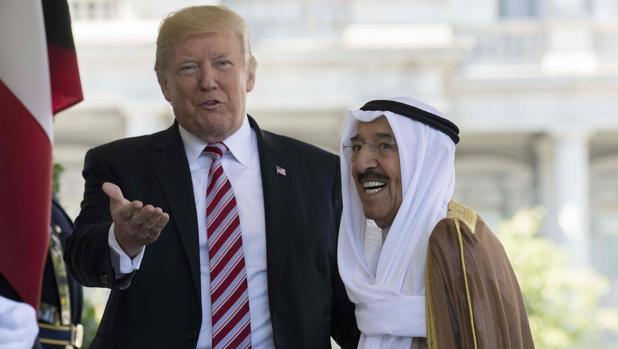 Donald Trump recibe en la Casa Blanca al emir de Kuwait, Sheikh Sabah al-Ahmad Al-Sabah