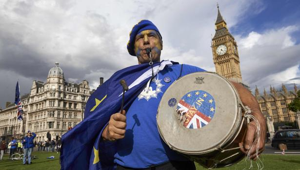 Un manifestante en un acto reciente a favor de la permanencia del Reino Unido en la UE