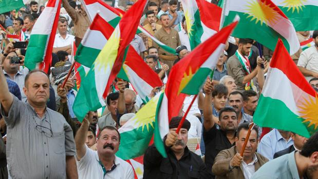 Manifestantes partidarios del referéndum de independencia