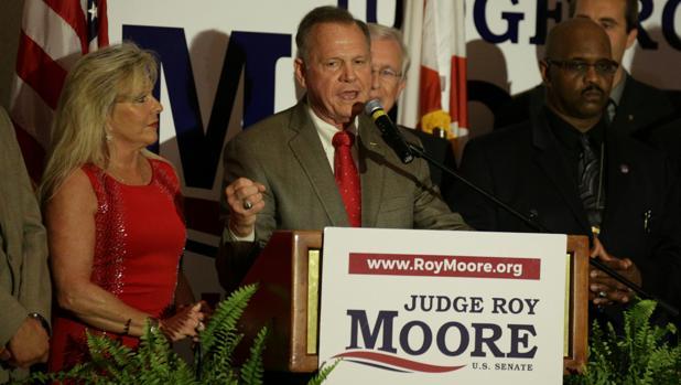Roy Moore, aspirante republicano a ocupar la vacante de Sessions en el Senado