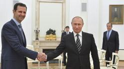 Assad y Putin se saludan en el Kremlin en un encuentro en octubre de 2015