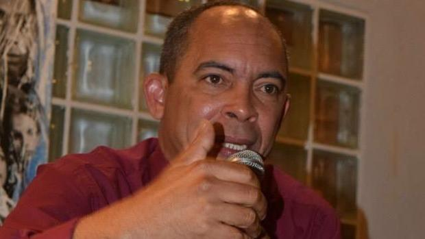 El disidente cubano Darsi Ferret
