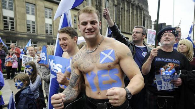 Independentistas escoceses se manifiestan en Edimburgo