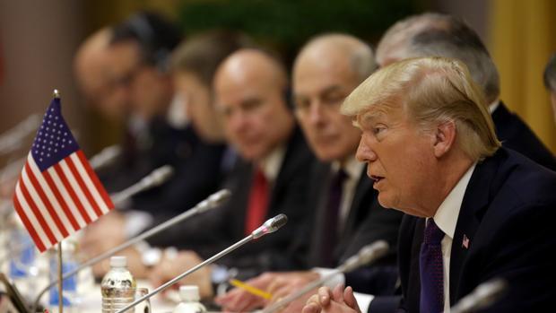 El presidente estadounidense, Donald Trump, durante su intervención en la visita oficial en Vietnam