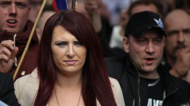 Jayda Fransen, en una marcha de la extrema derecha británica