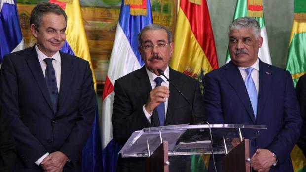 Zapateto, Medina y Miguel Vargas, canciller de la República Dominicana