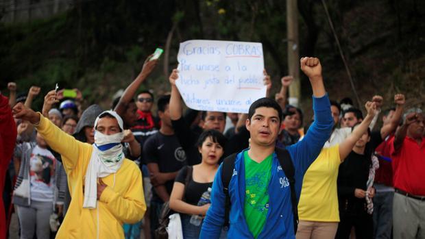 Apoyo popular a la huelga de Policía en Honduras