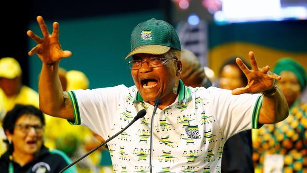 El presidente sudafricano, Jacob Zuma, durante su participación en el Congreso Nacional del ANC, en Johannesburgo, el pasado mes de diciembre
