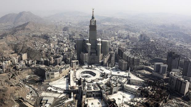 Vista aérea de la Gran Mezquita de La Meca y la Kaaba