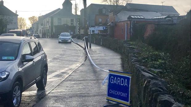 Calle de la ciudad irlandesa de Dundalk en la que un hombre ha sido acuchillado este miércoles cuando se dirigía al trabajo