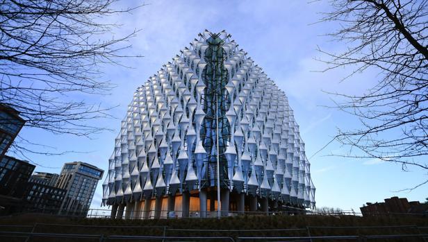 Edificio de la nueva embajada de Estados Unidos en Londres, que Trump no quiere inaugurar
