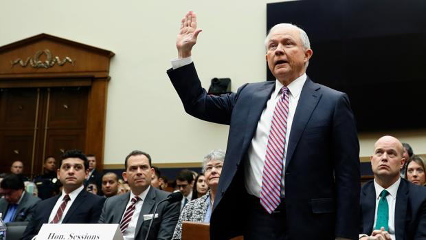 Jeff Sessions, en una comparecencia ante un comité de la Cámara de Represenantes el pasado noviembre